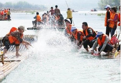 珠海团队拓展培训项目团队竞渡